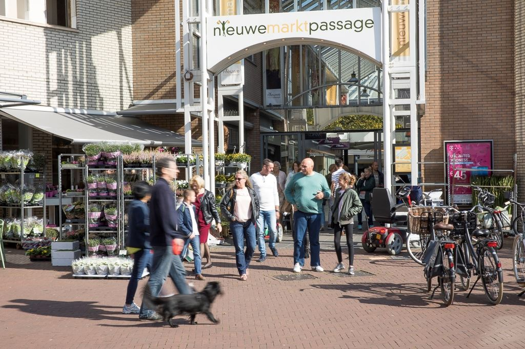 Bekijk foto 4 van Agnietenstraat 8