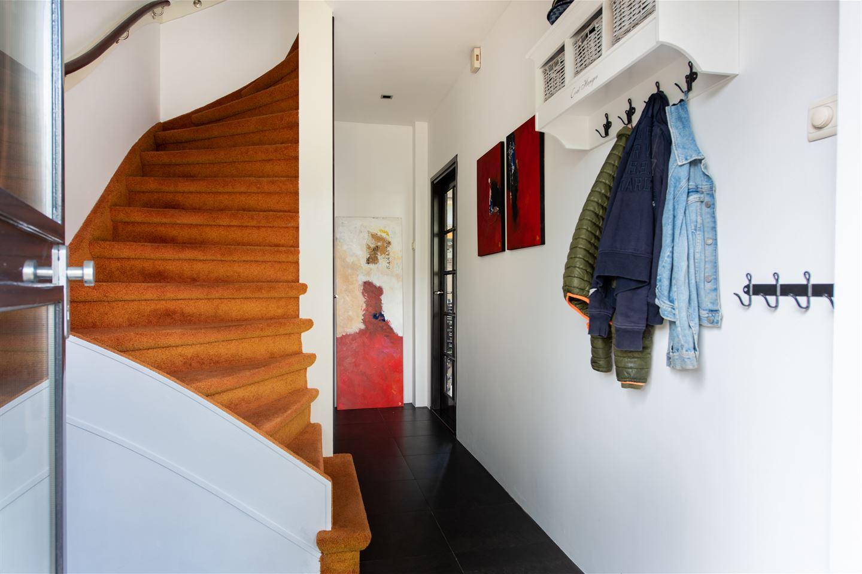 Bekijk foto 3 van Lucasstraat 2
