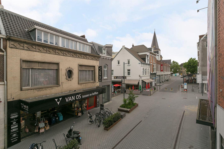 Bekijk foto 1 van Geleenstraat 16
