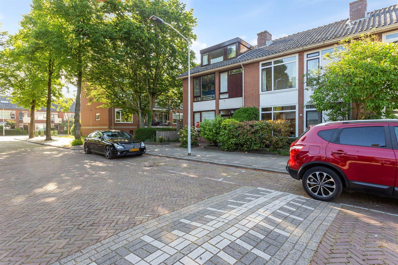 Bekijk foto 2 van Willem Pijperstraat 4