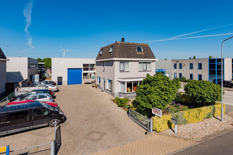 Bekijk foto 1 van Max Planckstraat 28