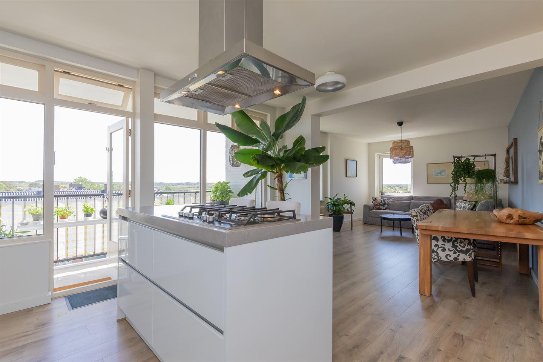 Bekijk foto 6 van Cort van der Lindenstraat 2 F21
