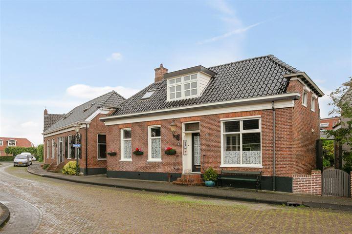 Dorpsstraat 49
