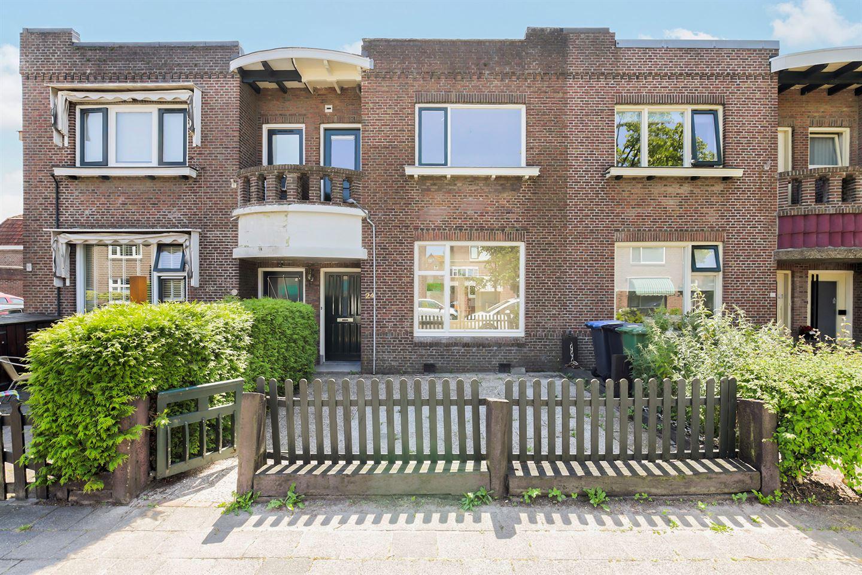 Bekijk foto 1 van Willem Lodewijkstraat 24