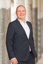 J. van Oijen (Johan) (Taxateur MRICS RT) -