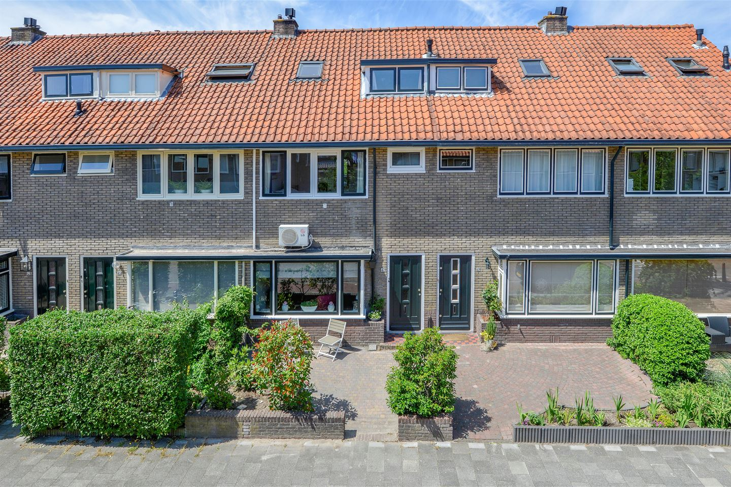 View photo 1 of Vossenstraat 47