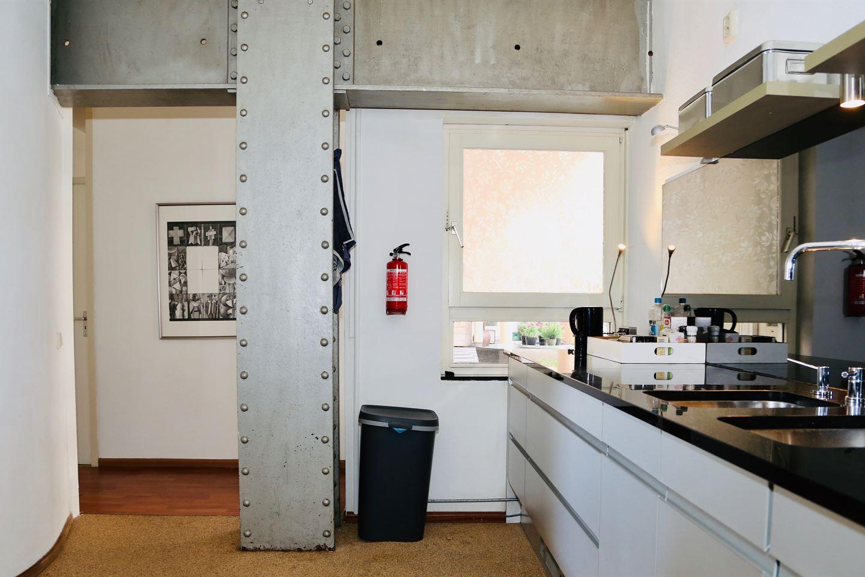 Bekijk foto 4 van Zeeburgerkade 42