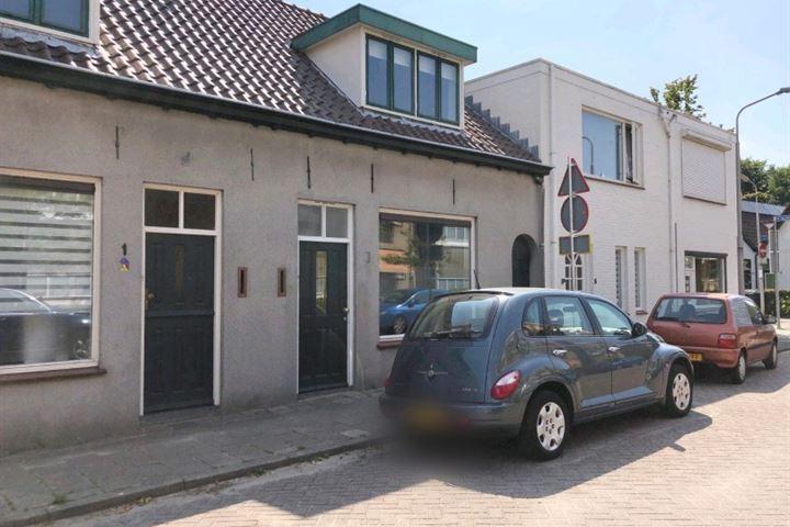 Sint Theresiastraat 3