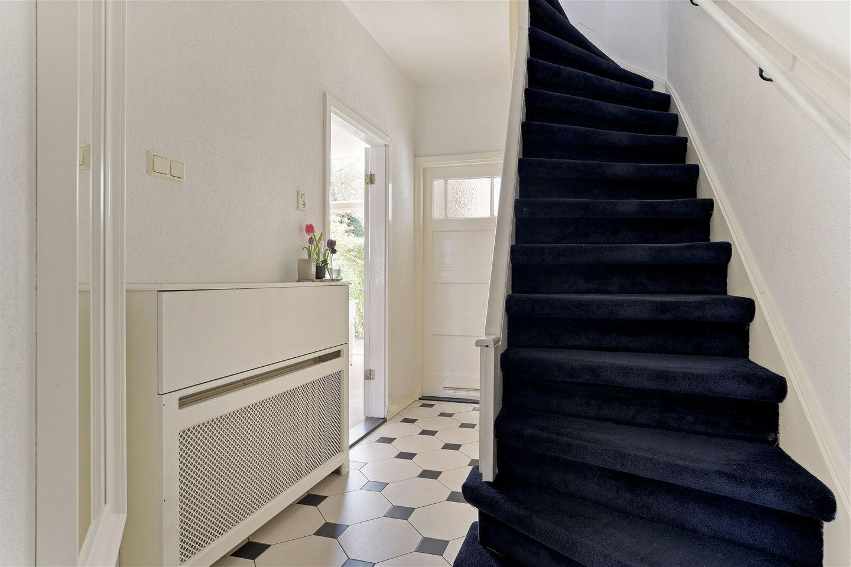 Bekijk foto 3 van Van Zuylen van Nijeveltstraat 277 .