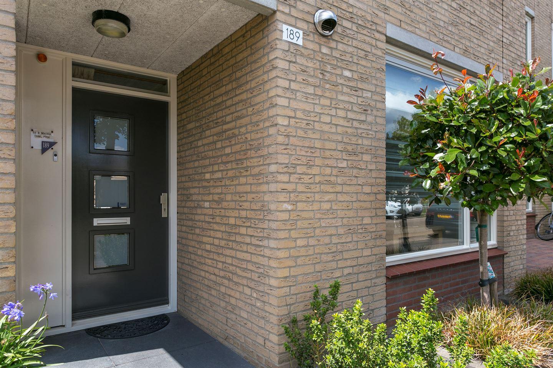 Bekijk foto 2 van Veilingstraat 189