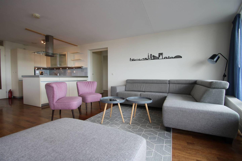 Bekijk foto 2 van Wijnbrugstraat 303