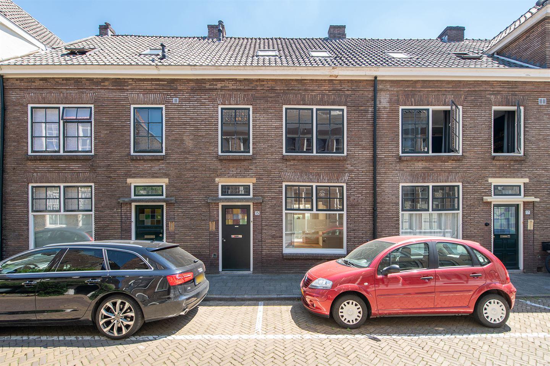 Bekijk foto 1 van Bloemendalstraat 15