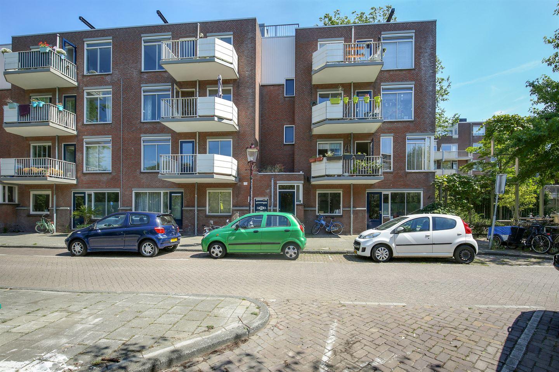 Bekijk foto 2 van Van Beuningenstraat 5 B