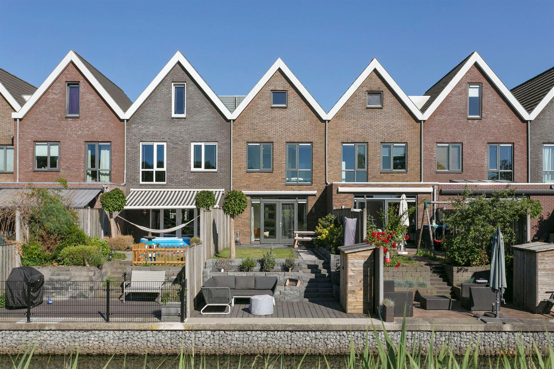 Bekijk foto 3 van Maasdijk 107