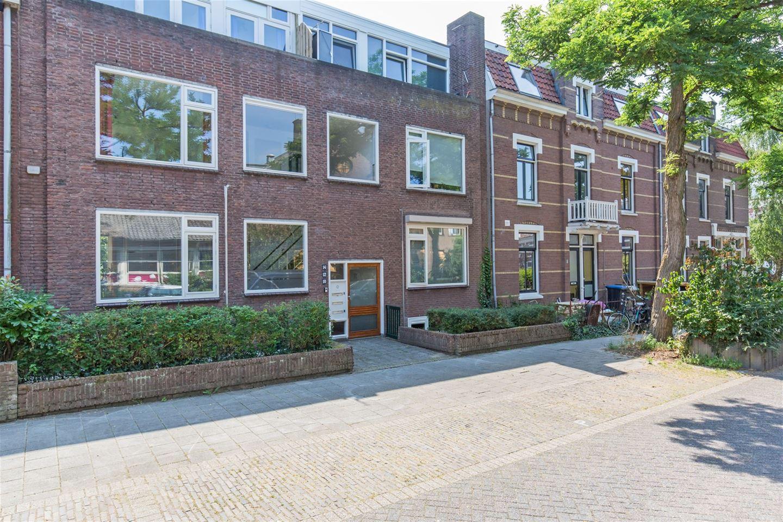 Bekijk foto 2 van St. Geertruidestraat 10