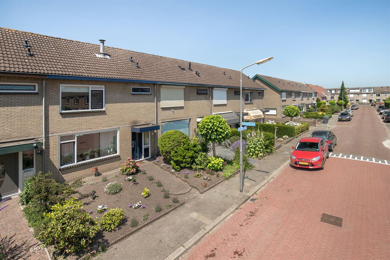 Bekijk foto 3 van Jasmijnstraat 21