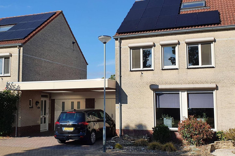 Bekijk foto 1 van Van Blitterswijckstraat 32