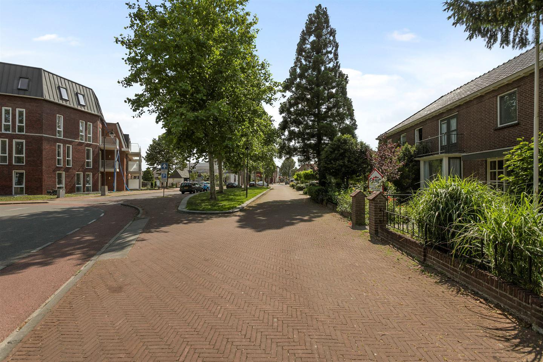 Bekijk foto 2 van Dorpsstraat 12