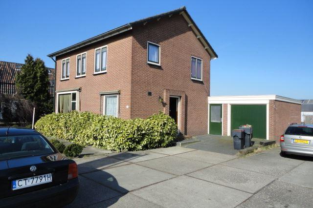 Bekijk foto 1 van Aalsmeerderweg 441