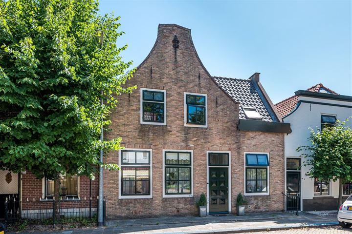 Voorstraat 10