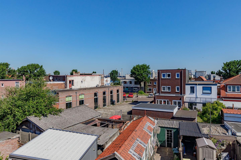 Bekijk foto 5 van De Ruyterstraat 90