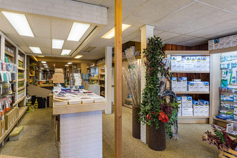 Bekijk foto 3 van Schutstraat 56