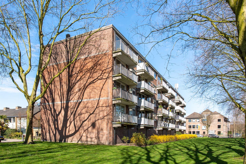 Bekijk foto 3 van Zorgvlietstraat 196