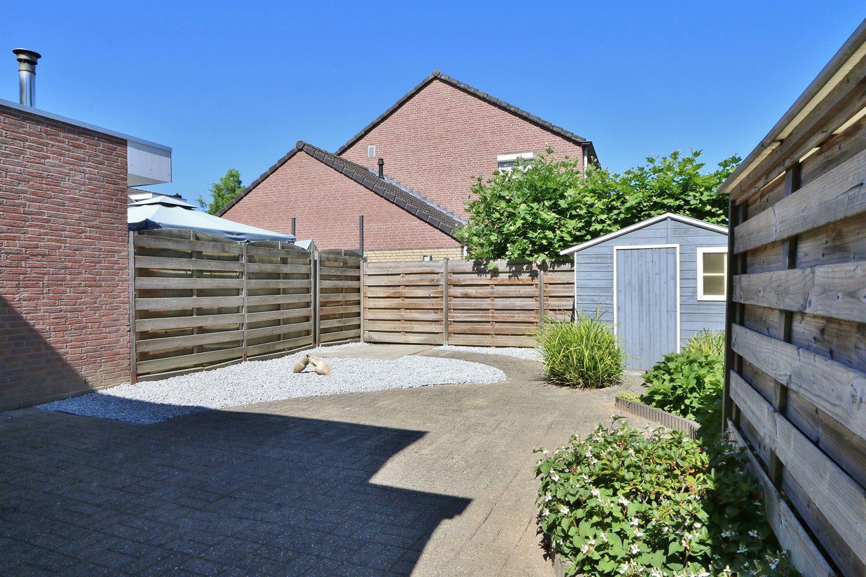 Bekijk foto 5 van Kapelaan Wijnensingel 69