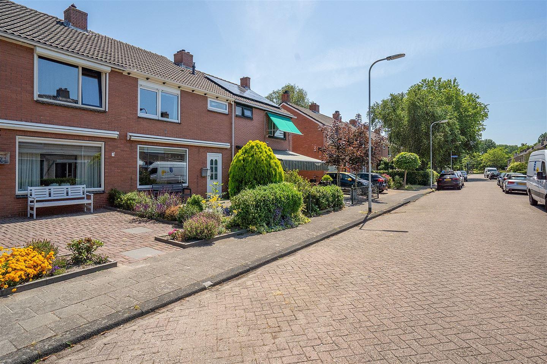 View photo 3 of Boerhaavestraat 21