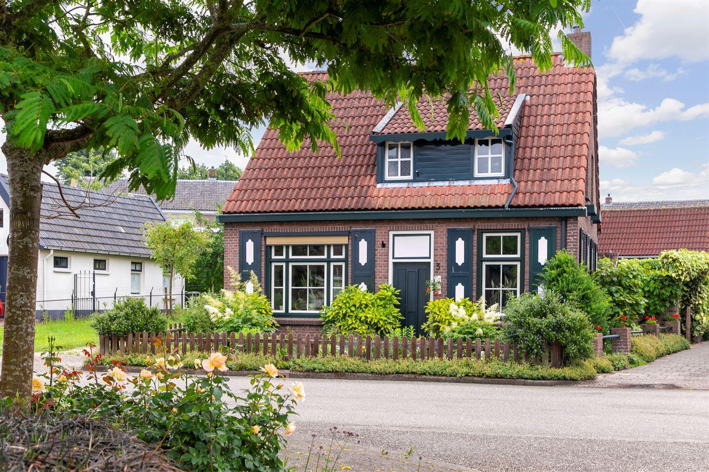 Bekijk foto 1 van Prinses Beatrixstraat 3