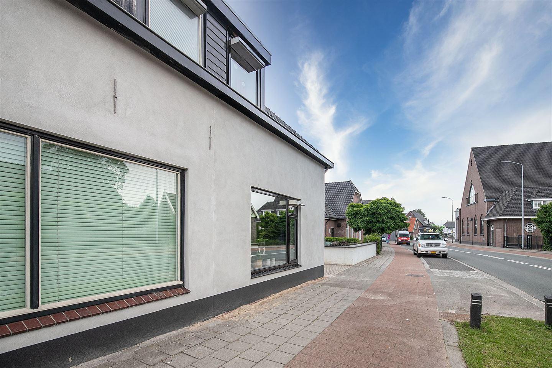 View photo 3 of Stationsweg 13