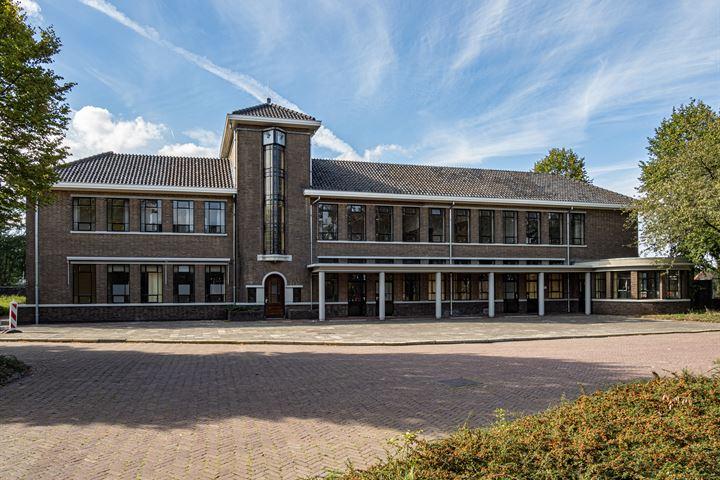 Generaal de Bonsweg 1, Velp (NB)