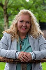 Anneke van der Waardt-Sijlaar (Assistent-makelaar)