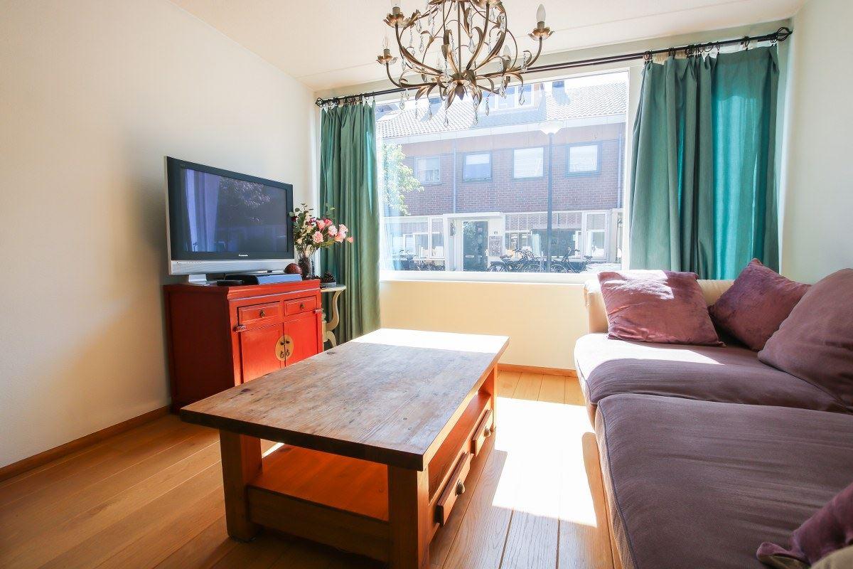 Bekijk foto 3 van P.C.Boutensstraat 66