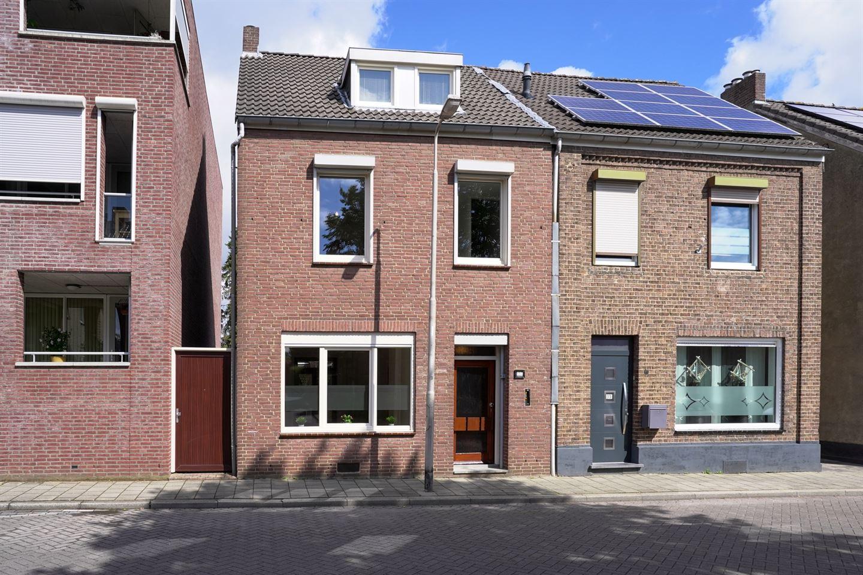 Bekijk foto 1 van Prins Bernhardstraat 31