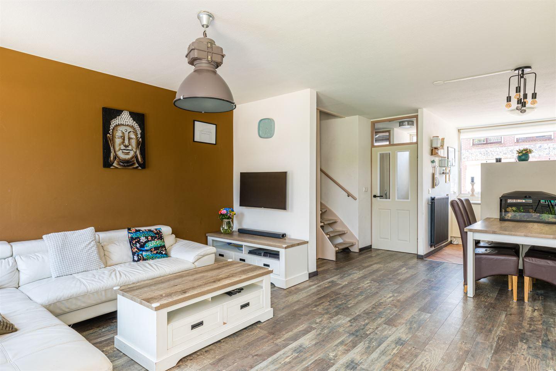 Bekijk foto 4 van Van Hogendorpstraat 26 a