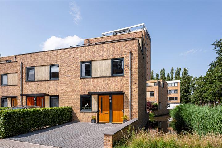 Hugo de Vriesstraat 17