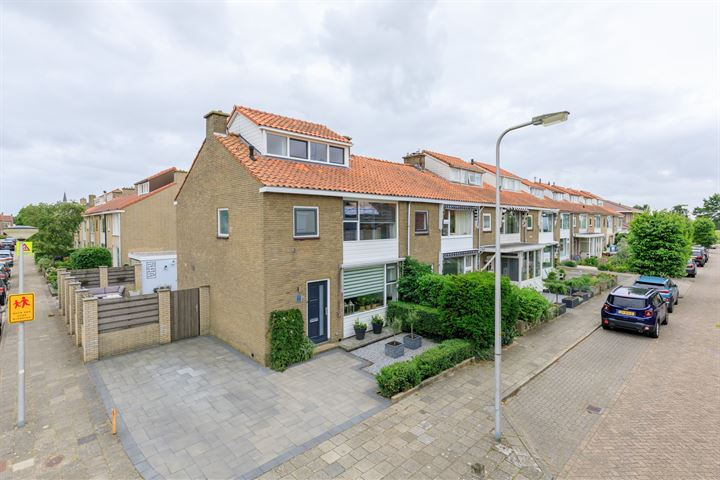 P J Warmerdamstraat 20