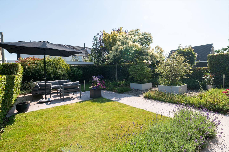 View photo 2 of Kerkweg 60