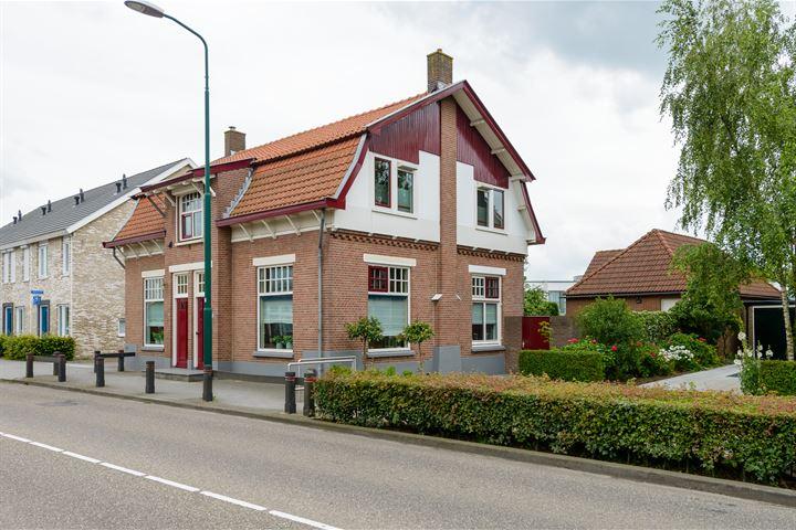 Stationsweg 13 13a 15