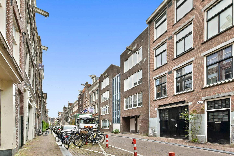 Bekijk foto 1 van Bloemstraat 136 C