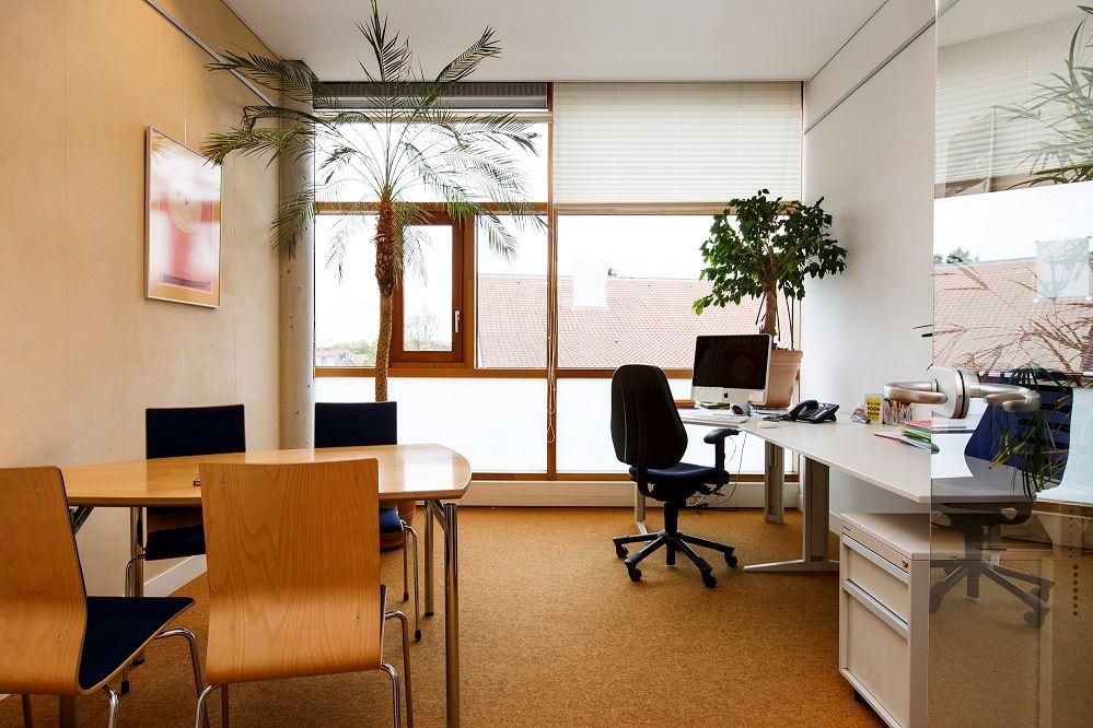 Bekijk foto 2 van Godfried Bomansstraat 8 -1