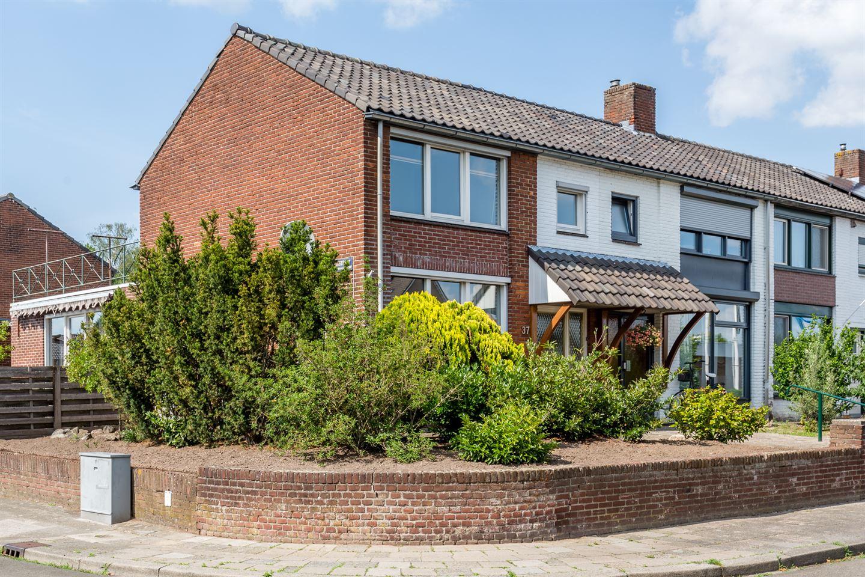 Bekijk foto 2 van Murseltseweg 37