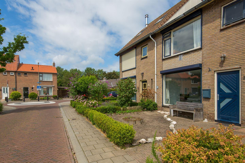 Bekijk foto 2 van Molenstraat 32