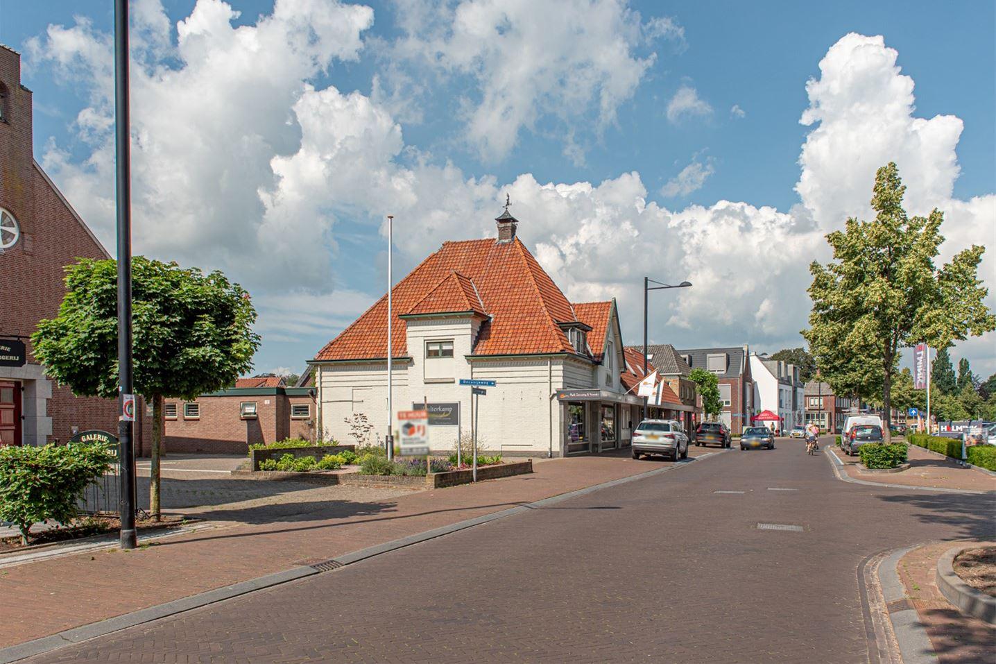 Bekijk foto 2 van Zutphenseweg 9