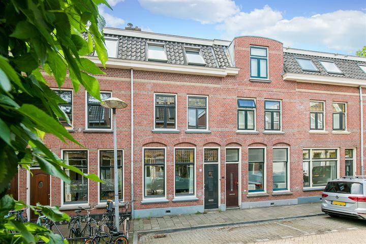 1e Spechtstraat 22