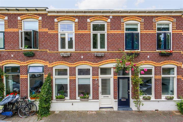 Derde van Hezewijkstraat 11