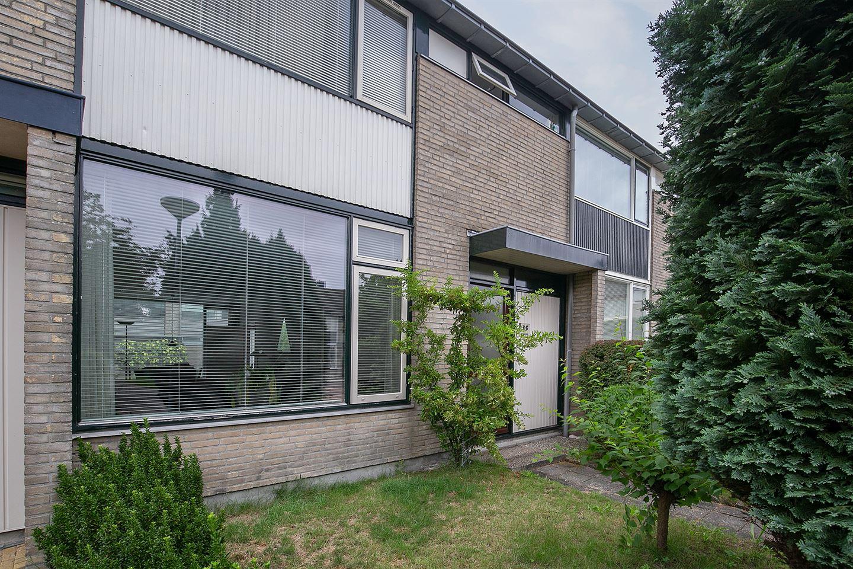 Bekijk foto 2 van Briljantstraat 35