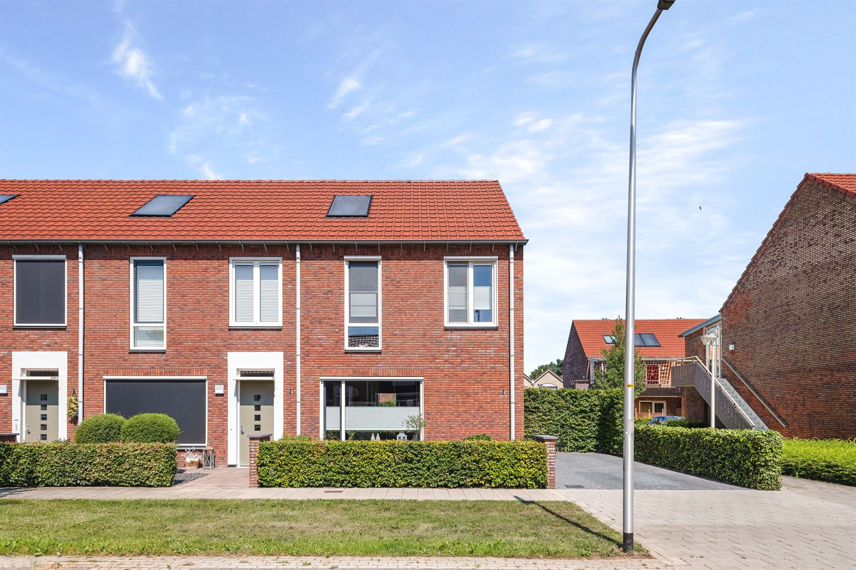 Bekijk foto 2 van Rozenstraat 24