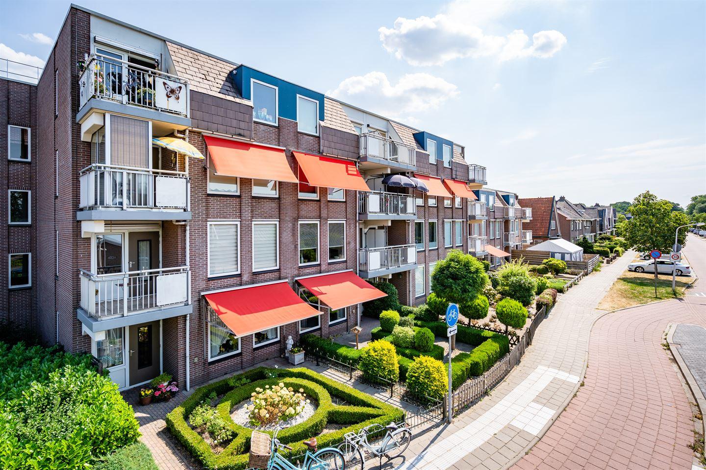 Bekijk foto 1 van Schutstraat 111